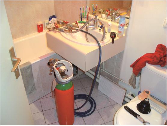 Injection du gaz traceur à partir des robinets