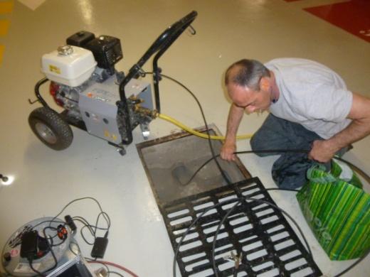 Hydro-curage pour sortir les gravats puis nouveau contrôle par sonde vidéo